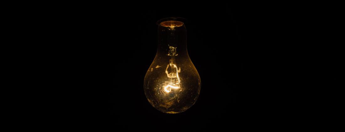 Ampoule qui illustre l'article comment trouver une idée de création d'entreprise