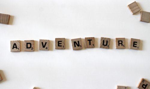 """Mot avec des lettres de scrabble """"adventure"""""""