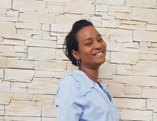 Cécile a repris ses études en alternance en étant maman